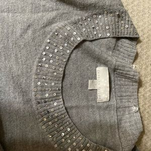 Grey sweater with sequins